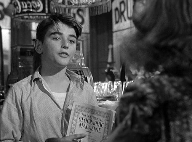 Skryt av National Geographic i It's A Wonderful Life (1946)