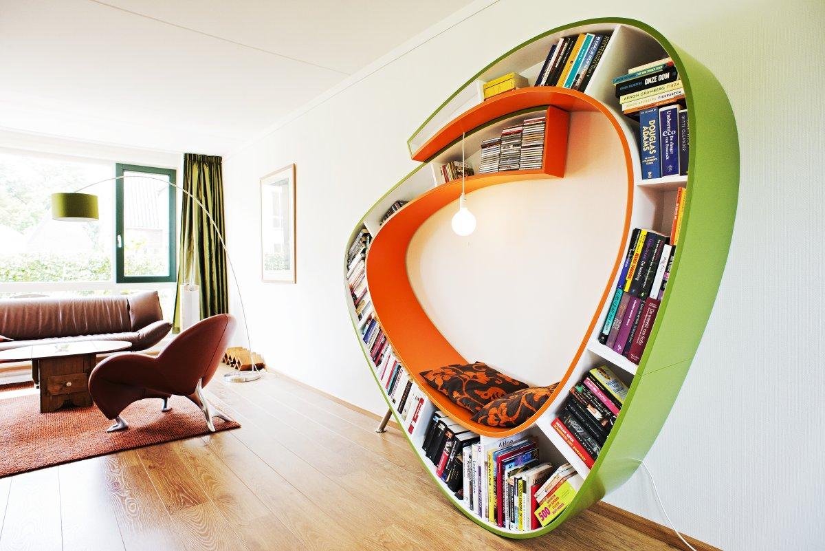 Fancy Decoration Bookworm Bookshelf