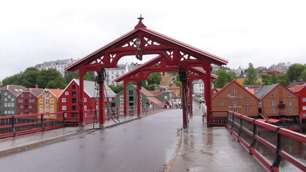 Lykkens portal og Naboen i Trondheim